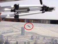 Au aruncat noul iPhone 7 de pe cea mai inalta cladire din lume! Ce s-a intamplat cu telefonul dupa ce a cazut 829 de metri