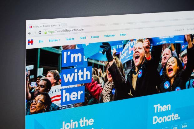 Americanii au luat cu asalt Google-ul inainte sa voteze! Ce au cautat cel mai mult