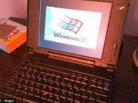 A cumparat un laptop vechi de 20 de ani! Ce-a gasit in arhiva aparatului