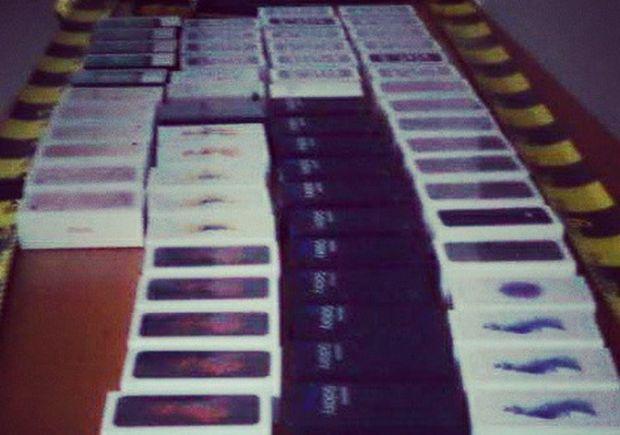 67 de telefoane noi, furate dintr-un magazin din Reghin! Un jandarm a fost nevoit sa traga cu arma! Ce s-a intamplat apoi