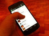 Milioane de utilizatori WhatsApp, in pericol! Pot fi atacati de hackeri daca dau click pe o imagine