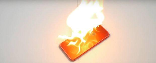 Nimeni nu ar fi crezut ca asa ceva este posibil! Ce s-a intamplat cu noul iPhone dupa ce i-a fost dat foc