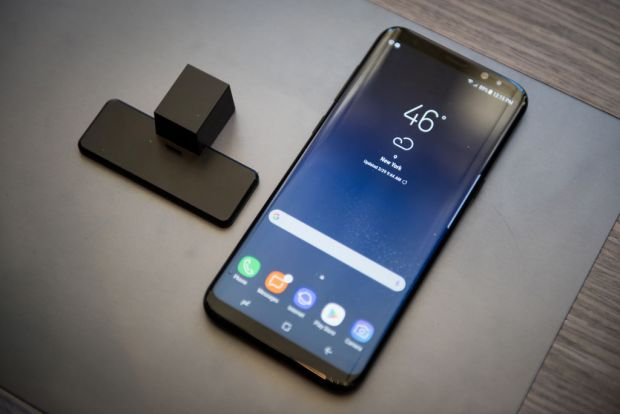 Cat costa cel mai asteptat accesoriu pentru Galaxy S8! Samsung nu a anuntat initial asta
