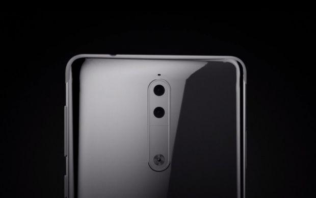 Nokia va lansa un smartphone care va avea camera duala! Primele imagini cu noile modele