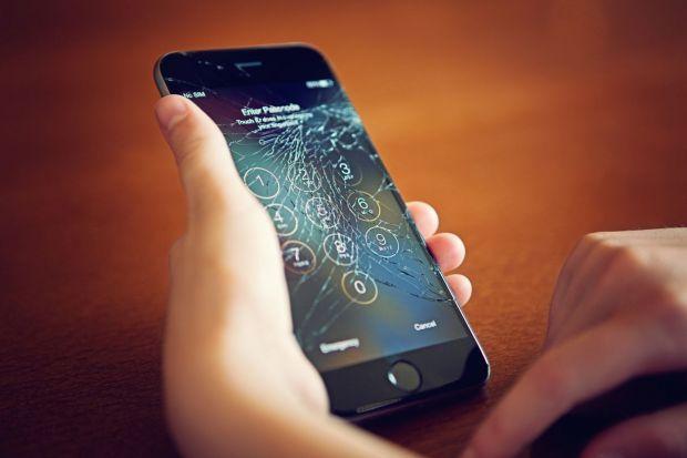 Veste excelenta pentru cei care au iPhone! Apple simplica sistemul de reparare a ecranelor sparte