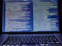 Hackerii israelieni au demascat planurile teroristilor ISIS de a detona laptopuri-bomba in avioane
