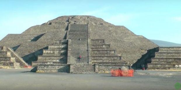 Arheologii au descoperit un pasaj secret sub Piramida Lunii! Ce ritualuri stranii aveau loc aici