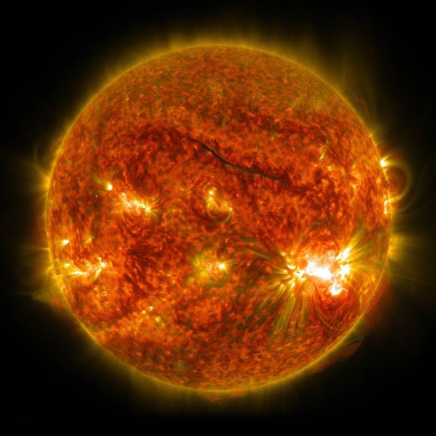 Cum arata cea mai puternica eruptie solara din ultimul deceniu! Imagini impresionante surprinse de cercetatori
