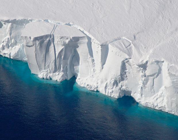 Desprinderea ghetarului din Antarctica are urmari neasteptate! Ce au descoperit cercetatorii sub gheata