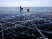 Ce se intampla in cel mai adanc lac din lume? Cercetatorii sunt ingrijorati