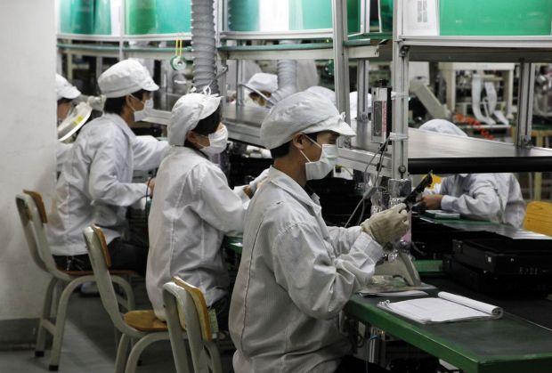 Nereguli deosebit de grave la fabricarea iPhone X! Apple si Foxconn au inceput o ancheta