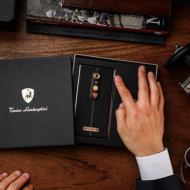 Cat de bun este Alpha-One, telefonul care costa 2.500 de dolari