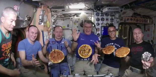 Provocare pentru astronauti: ce s-a intamplat cand au vrut sa prepare o pizza pe Statia Spatiala Internationala