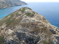 Ce se ascunde sub aceasta uriasa  piramida  greceasca de acum 4.500 de ani