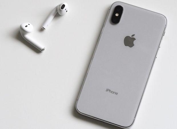Zvonurile se confirma! Apple reduce la jumatate productia pentru iPhone X