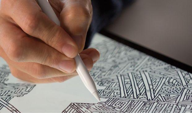 iPhone X Plus ar putea fi primul smartphone compatibil cu Apple Pencil