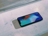 Apple va schimba design-ul urmatoarelor iPhone! Vrea sa renunte la ecranul decupat
