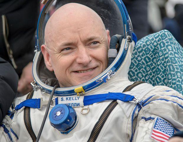 Astronautul Scott Kelly a suferit mutatii genetice dupa ce a stat pe Statia Spatiala