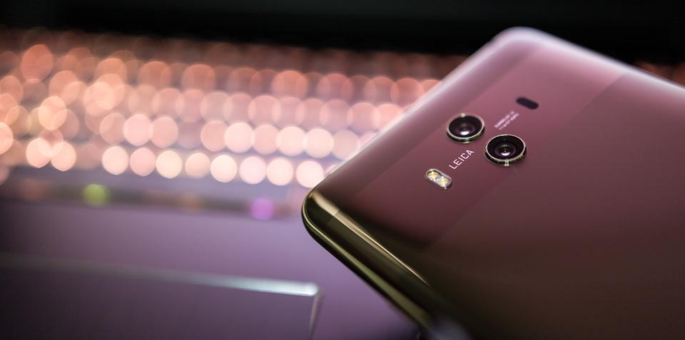Huawei pregateste un smartphone cu memorie uriasa! Va fi primul de acest fel