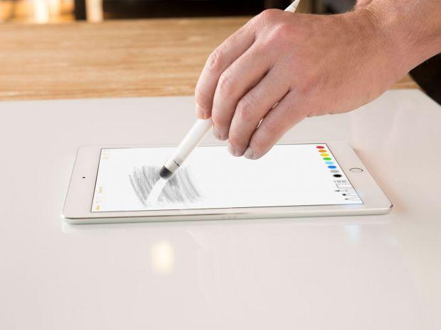 Apple ar putea introduce un stylus pentru cel mai mare model de iPhone. Va fi un phablet