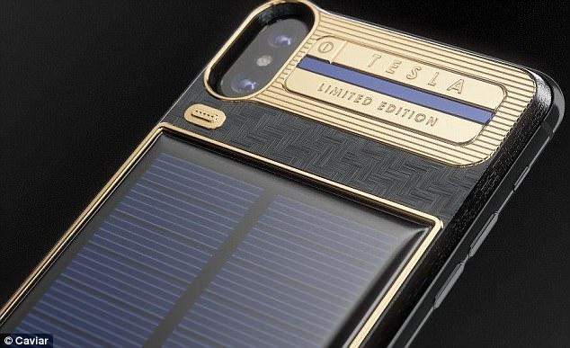 Cat costa iPhone X Tesla, telefonul de lux placat cu aur si dotat cu panou solar