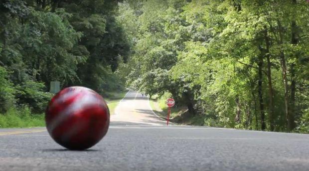 Explicatia pentru unul dintre cele mai stranii fenomene din lume. De ce urca obiectele singure la deal?
