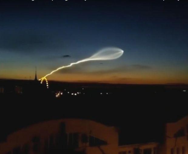 Aparitie neasteptata pe cerul Rusiei in timpul Campionatului Mondial de Fotbal! Localnicii au crezut ca este un OZN