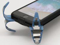 Un student a inventat airbag-ul pentru smartphone! Ce se întâmplă când scapi telefonul pe jos