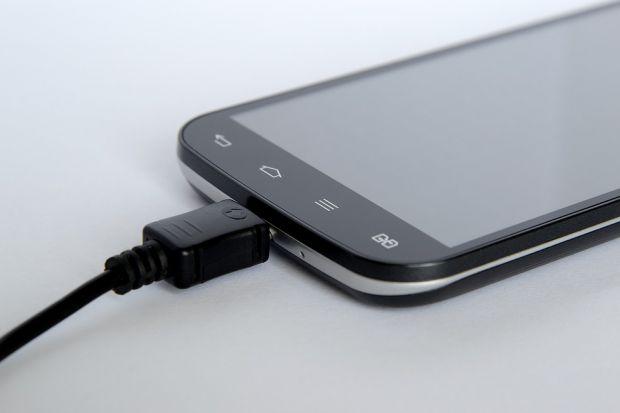MultiDroid, aplicația care protejează bateria telefonului și reduce consumul de energie