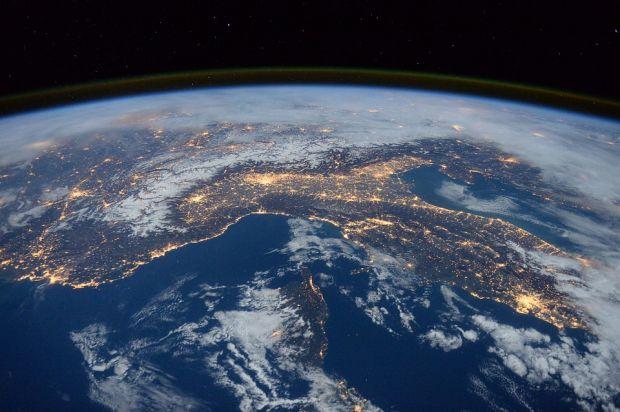 Descoperire alarmantă: ce se întâmplă cu gaura din stratul de ozon? Clima de pe Terra va fi afectată