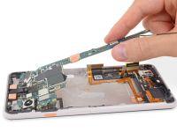 Surpriză pentru experții care au dezasamblat un Google Pixel 3 XL. Ce piesă au găsit înăuntru