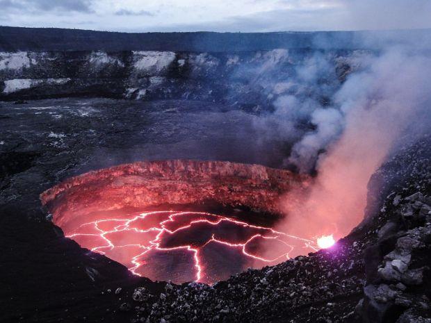 Supervulcanul Campi Flegrei se trezește la viață. Când va avea loc următoarea erupție