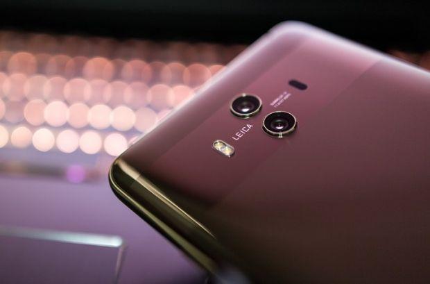 Huawei a anunțat oficial când va lansa primul telefonul pliabil 5G din lume