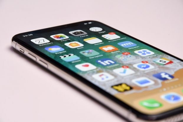5 funcții inedite pentru noile modele de iPhone. Știai că poți face asta?