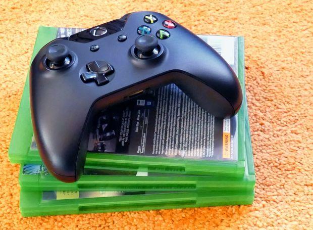 Microsoft va lansa versiunea Xbox One S digitală, prima consolă fără disc. Cât va costa