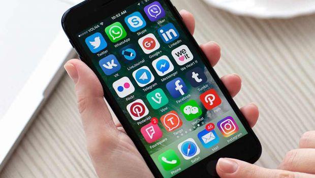 5 lucruri pe care trebuie să le ștergi imediat din iPhone-ul tău