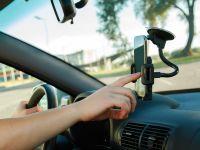 5 gadgeturi auto care nu ar trebui să-ți lipsească atunci când pleci la drum lung