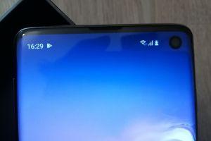 Review Samsung Galaxy S10: design nou, ideal pentru cei care detestă bdquo;bretonul
