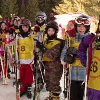 Start la distractie in taberele de schi la munte. Cat costa o saptamana pe Valea Prahovei si in Poiana Brasov
