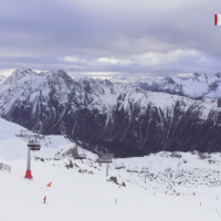 Cum reusesc austriecii sa traiasca excelent din turismul de iarna, iar romanii inca stau la cozi uriase pe partii