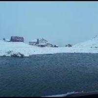 Iarna se năpustește peste România. Stratul de zăpadă a atins 22 de centimetri la Bâlea Lac
