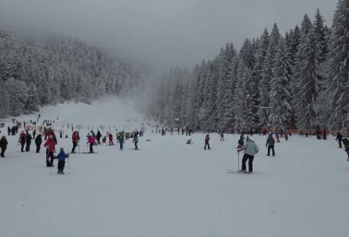 Turiștii moldoveni și ruși au luat cu asalt stațiunile românești pentru a petrece Crăciunul pe stil vechi