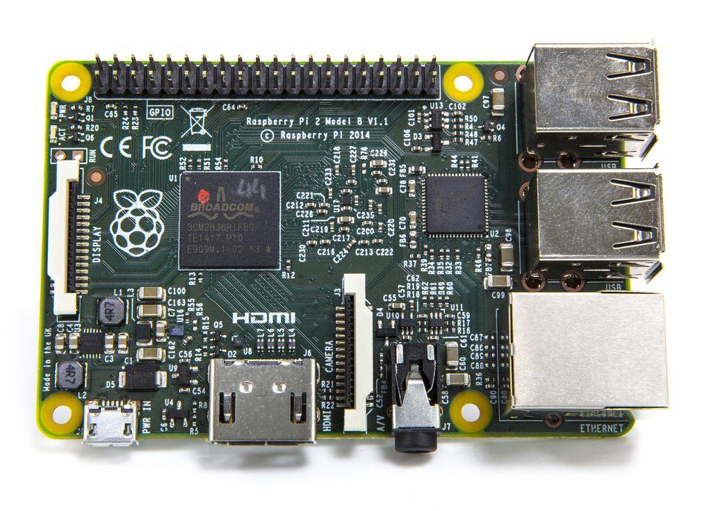 peste 5 milioane de raspberry pi s au vandut pana acum 2 - Raspberry Pi a fost vandut in peste 5 milioane de unitati !
